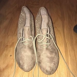 Shoes - Tan suede winter wedges